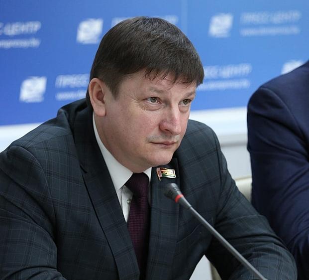 Круглый стол, посвященный 25-летию Конституции Беларуси